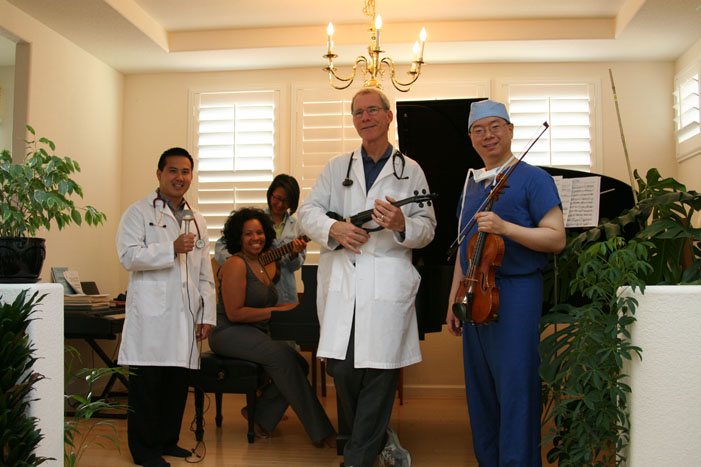 Docs play the pops, Dr. Wallace, Dr. Suntra, Tanya, Dr. Wu, Dr. Lee
